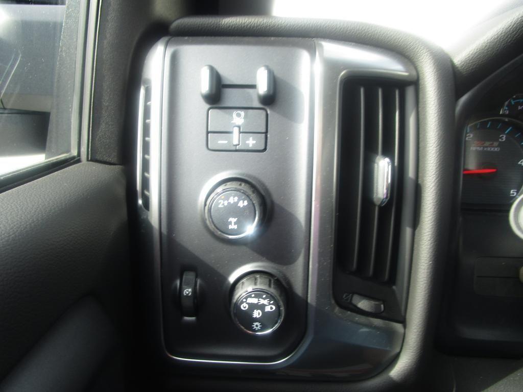dealerslink_s3_amazonaws_com-vehicles-1354-C198208N-B2FAB99BDF91B23635C7ECA72B437E53_jpg