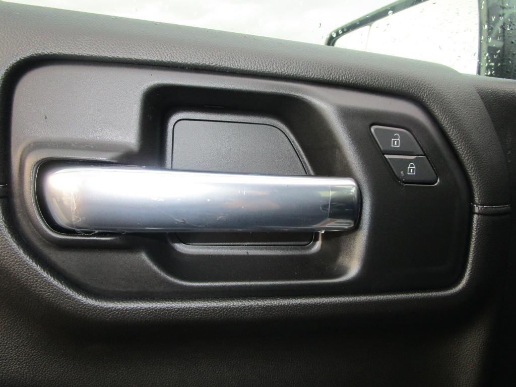 dealerslink_s3_amazonaws_com-vehicles-1354-C201920N-239B4E55CE38CD6C6B26CA5A873FEBDC_jpg