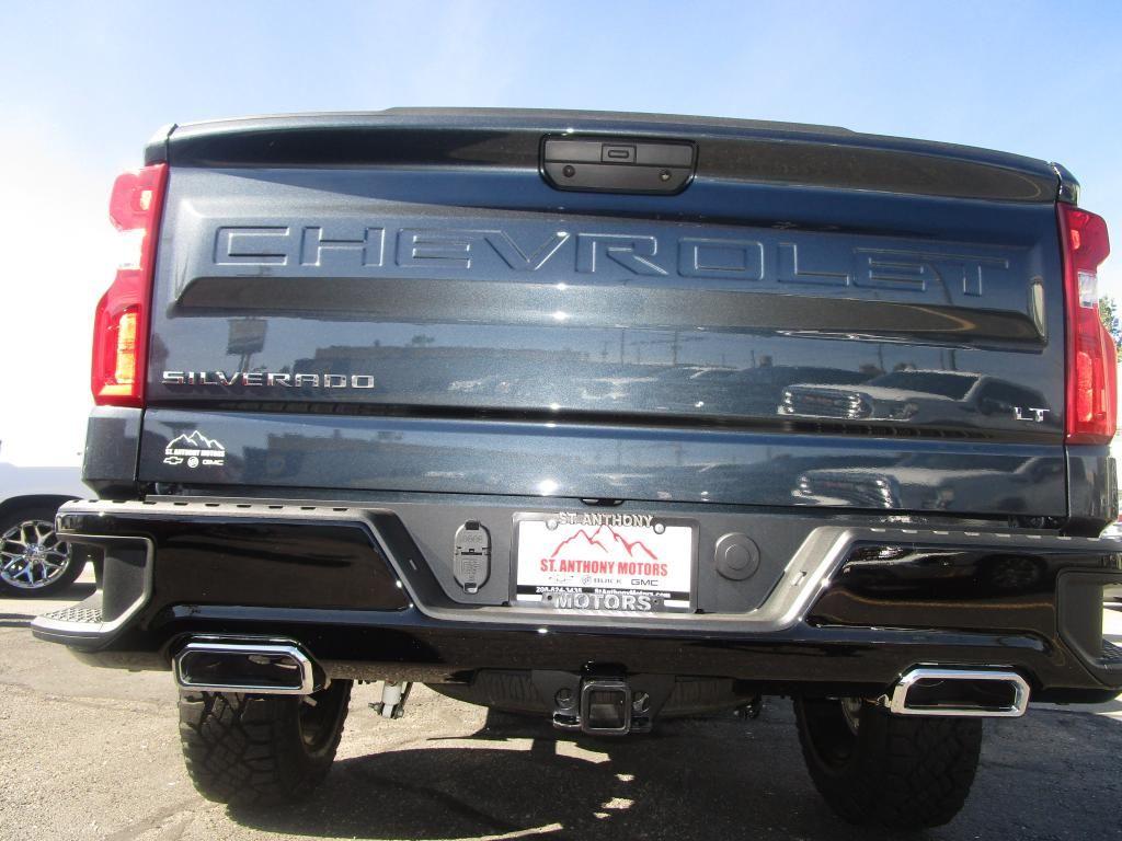 dealerslink_s3_amazonaws_com-vehicles-1354-C206711N-26D573B20F1C222FC348704500029498_jpg
