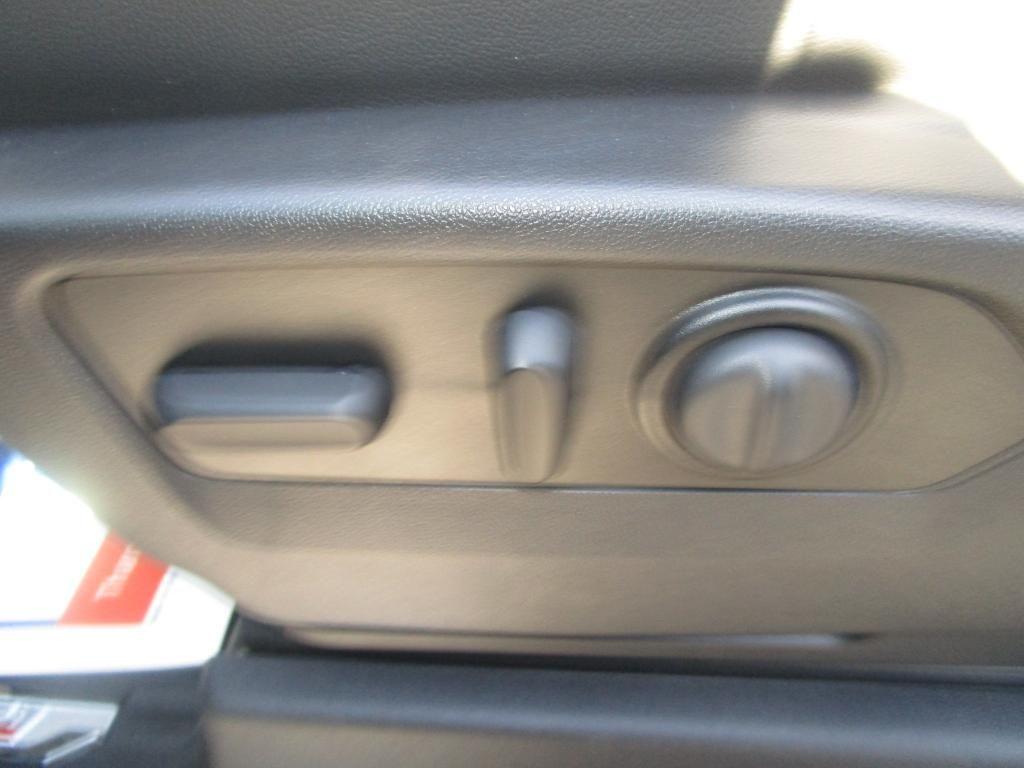 dealerslink_s3_amazonaws_com-vehicles-1354-C206711N-26D59B8EC8131DAC83B34423D3684BC4_jpg
