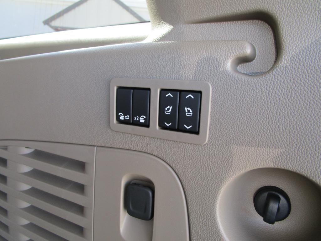 dealerslink_s3_amazonaws_com-vehicles-1354-C207332N-5364C2309BB81DF1DD3BB42099047BBA_jpg