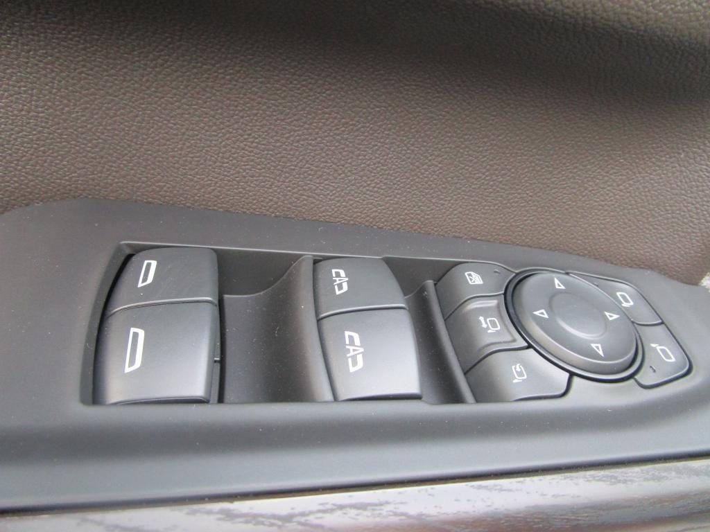 dealerslink_s3_amazonaws_com-vehicles-1354-G204038N-905C42F2A5A58A07182DBAC1126B29AF_jpg