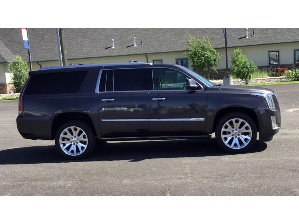 dealerslink_s3_amazonaws_com-vehicles-1355-176133A-60c931f52f823_jpg