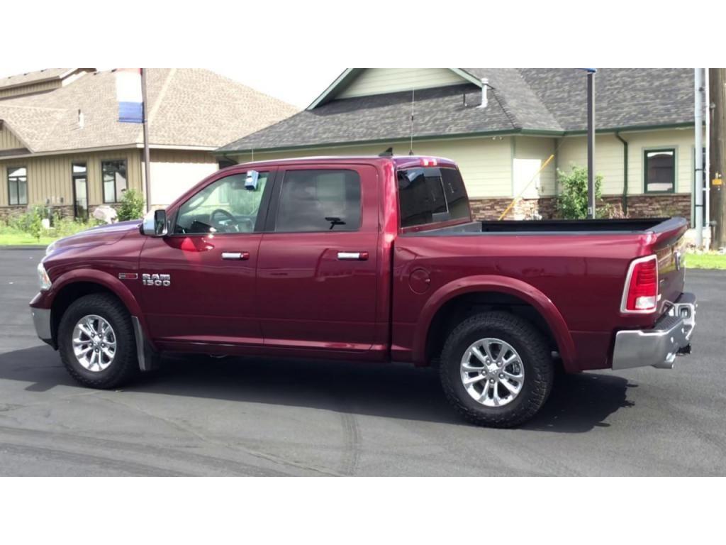 dealerslink_s3_amazonaws_com-vehicles-1355-182434T-60f85c24bdc12_jpg
