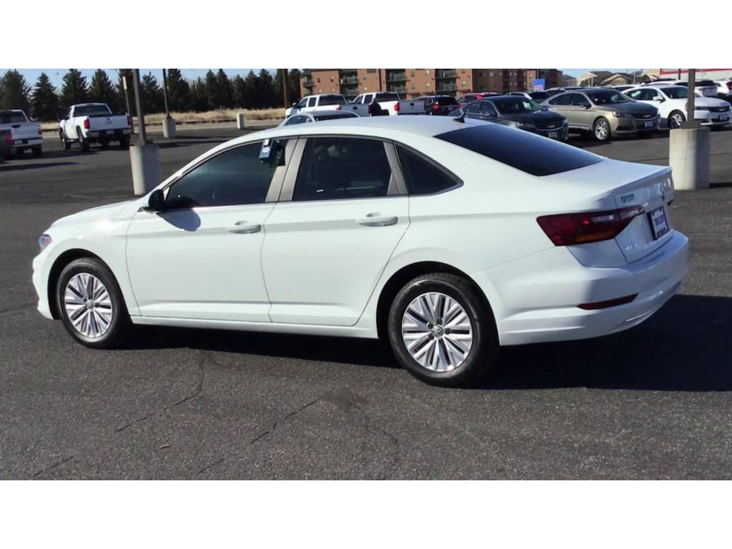 dealerslink_s3_amazonaws_com-vehicles-1355-191343T-605a7822bb563_jpg