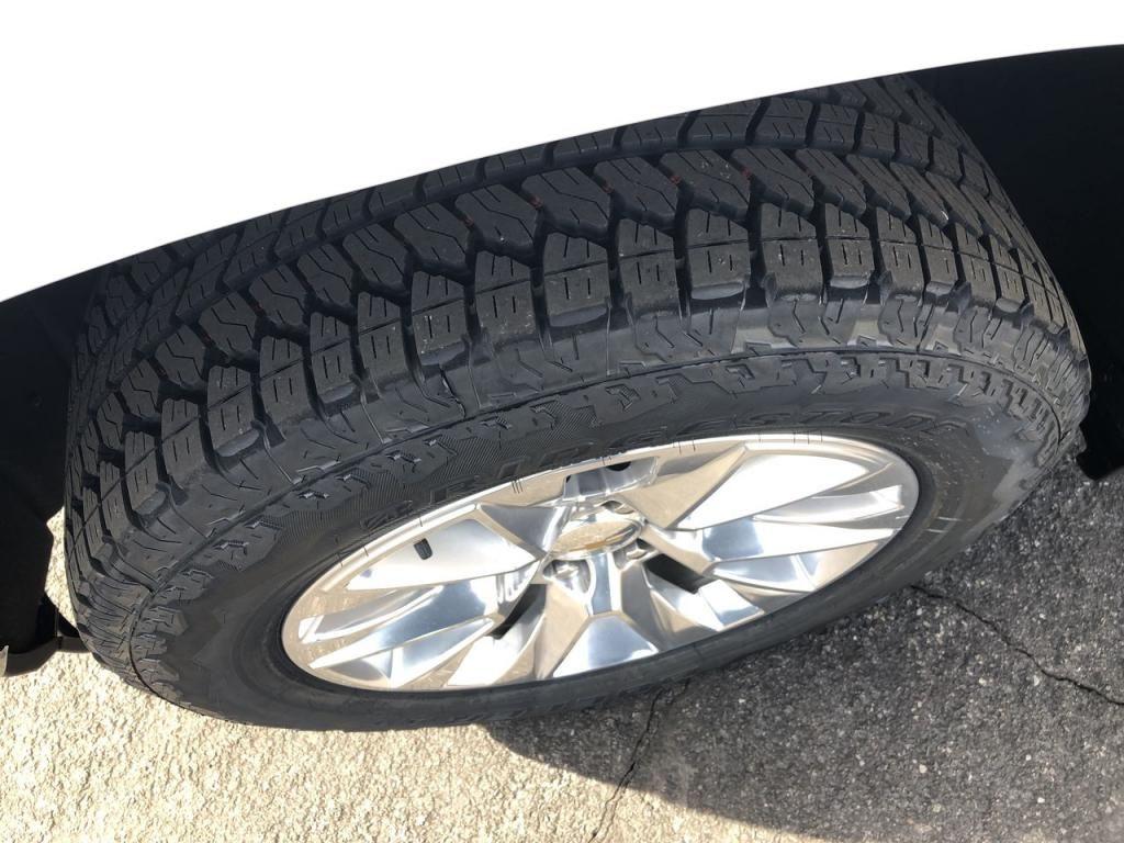dealerslink_s3_amazonaws_com-vehicles-1355-205517T-5fcf47f414043_jpg