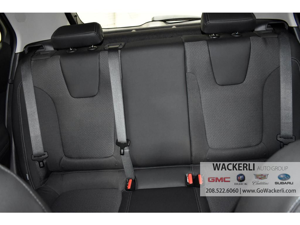dealerslink_s3_amazonaws_com-vehicles-1841-1B215538-D791EA2ACC0A6384FC3AF4662DD7FD2D_jpg