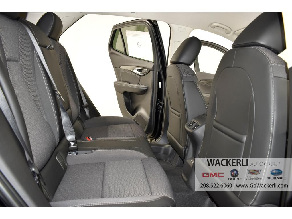 dealerslink_s3_amazonaws_com-vehicles-1841-1B218161-CC74B18FD93A82D946B7320F75F0813A_jpg