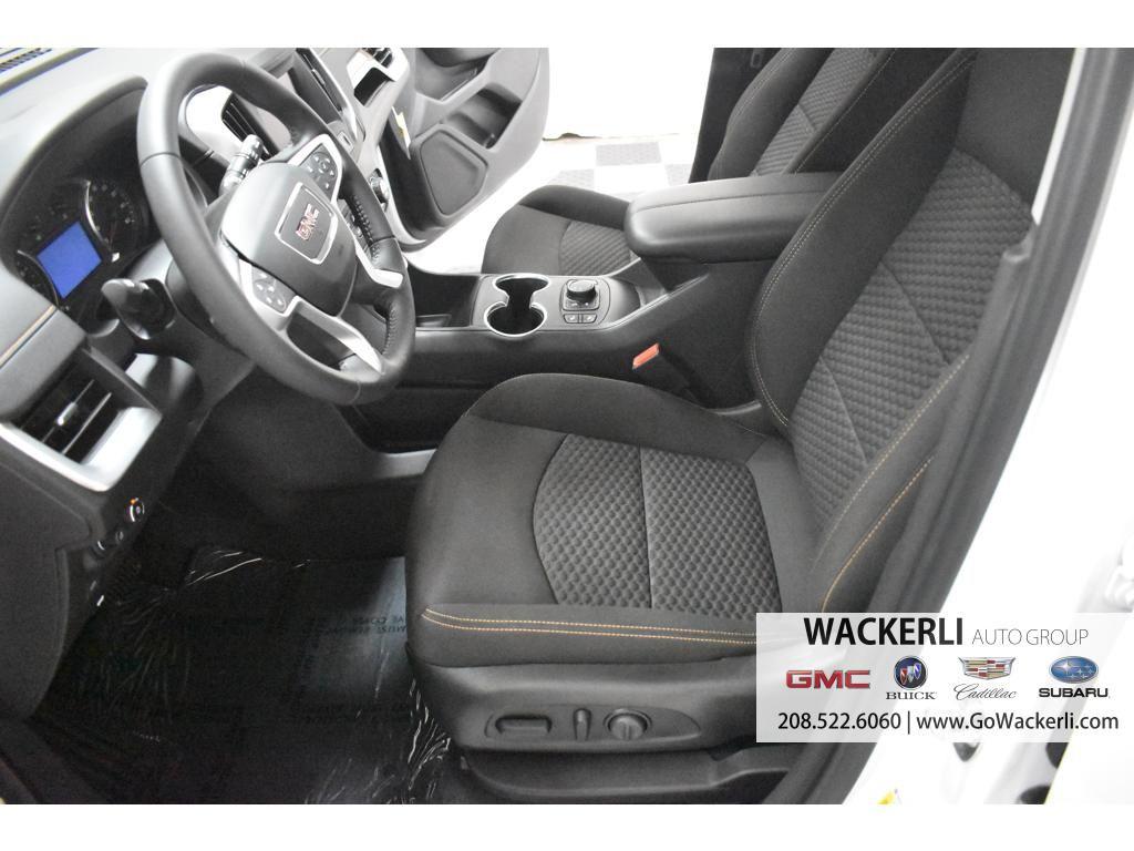 dealerslink_s3_amazonaws_com-vehicles-1841-1G215729-8A05FFA3F7AAA8A94267375A9657B38B_jpg