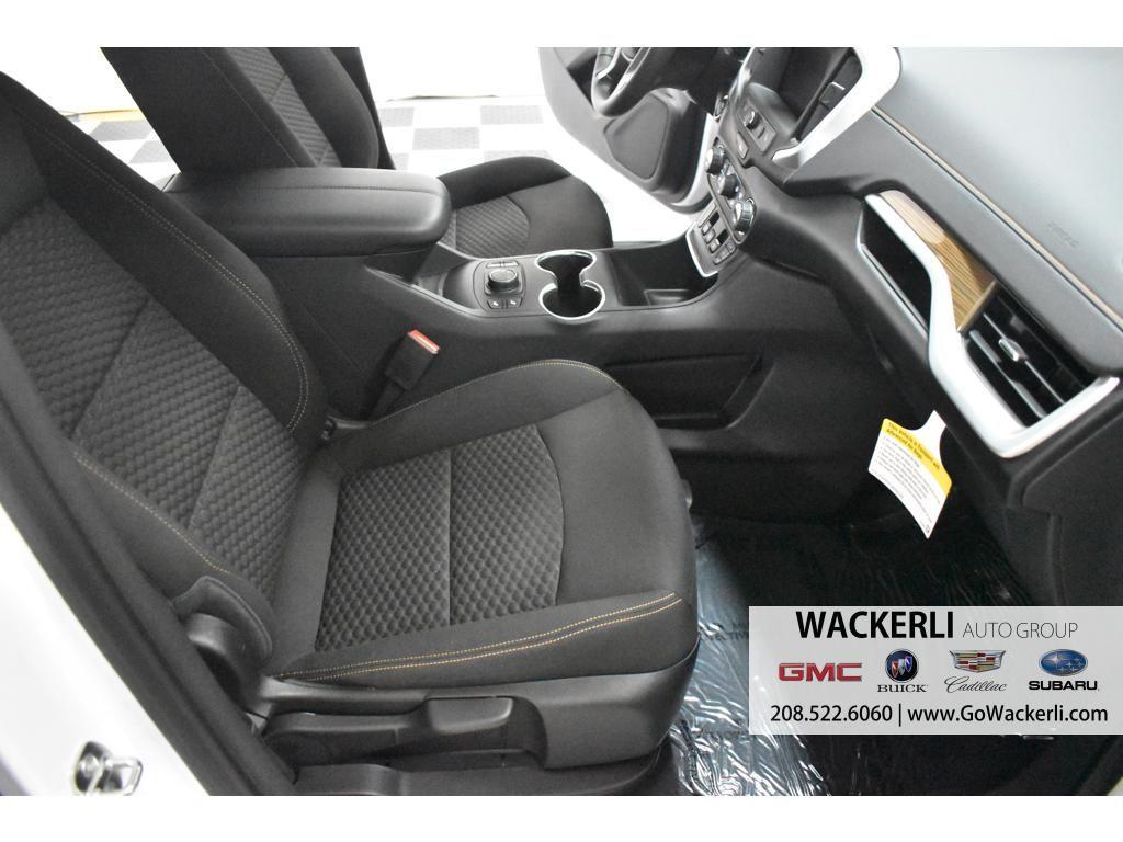 dealerslink_s3_amazonaws_com-vehicles-1841-1G215729-8A063967FE4106F0F9E8DFE37F82B9AE_jpg