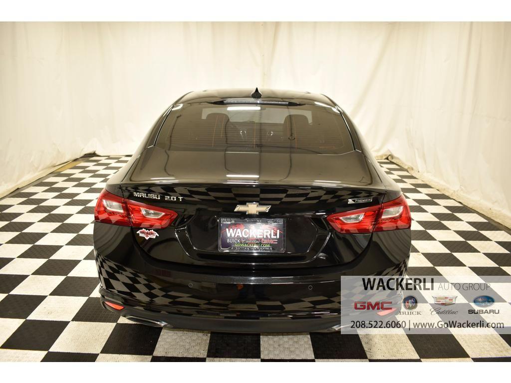 dealerslink_s3_amazonaws_com-vehicles-1841-1G216654A-049685A9A7355D777697471D51515550_jpg