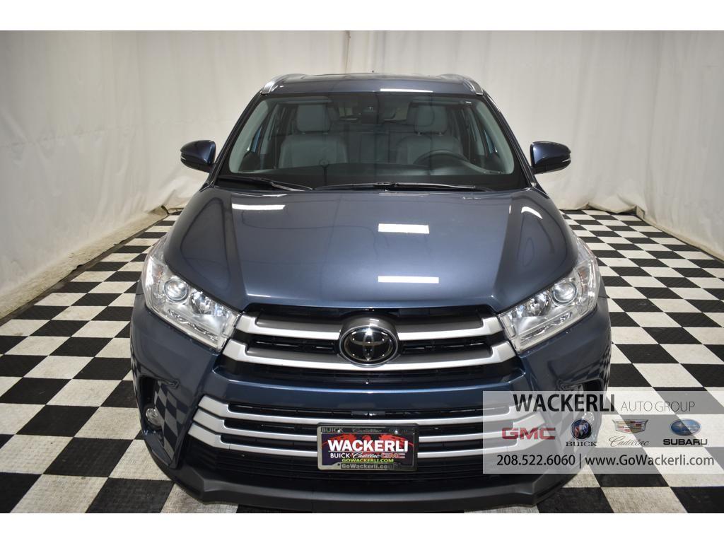 dealerslink_s3_amazonaws_com-vehicles-1841-1G218352A-1F27907AC81F19FEBACB4AC600F8CF01_jpg