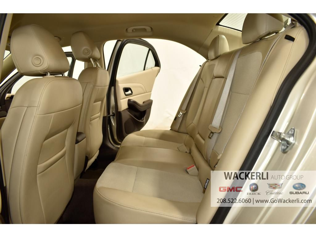 dealerslink_s3_amazonaws_com-vehicles-1841-1G218922A-BBDC2602CBE524D64018E1BFE4CB9FAA_jpg