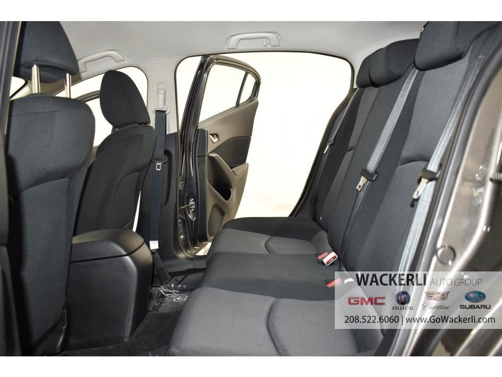 dealerslink_s3_amazonaws_com-vehicles-4683-2S211896A-66123F180844EBC373F4DD985F9D33F9_jpg