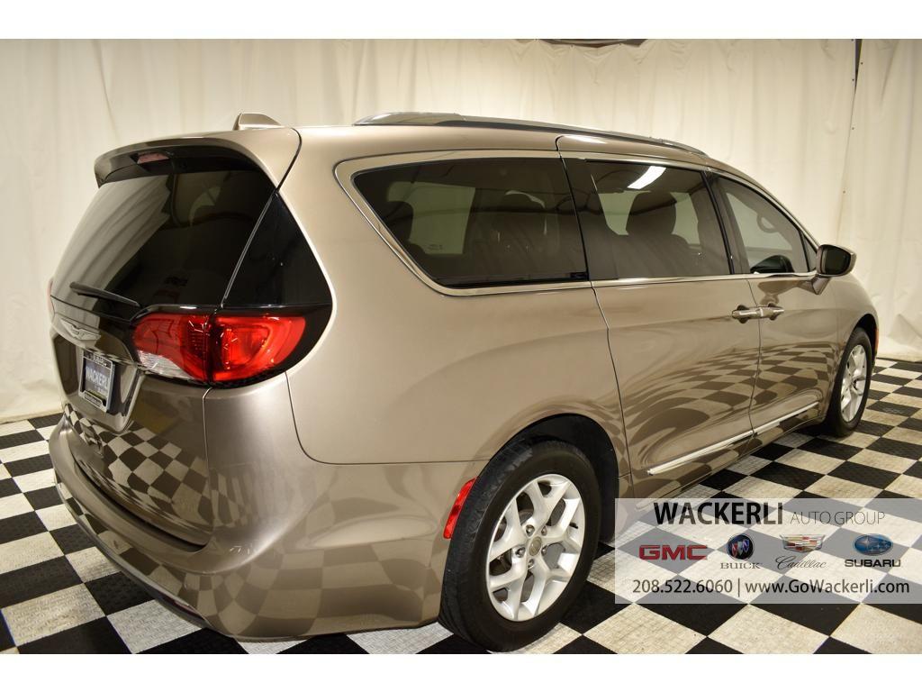 dealerslink_s3_amazonaws_com-vehicles-4683-2S219721A-287E6934F6B7018A1DD4FBCF76DB449D_jpg