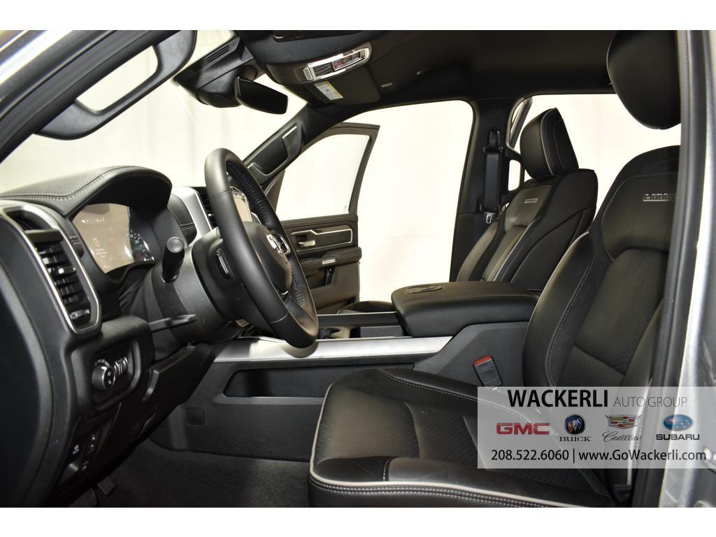 dealerslink_s3_amazonaws_com-vehicles-4683-2S222950A-1DDA820DC99AE8B6D688201C8C984D73_jpg