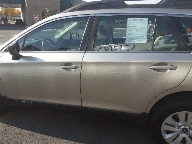 vehicle-photos-published_vauto_com-1e-36-87-18-984f-469a-951b-8af4d4355918-image-8_jpg
