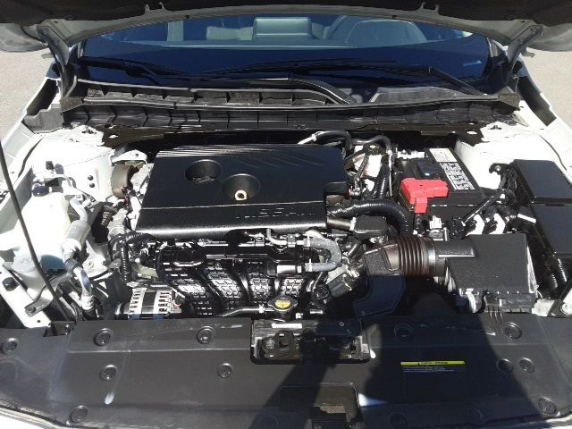 vehicle-photos-published_vauto_com-32-a6-52-97-051c-4ff4-bf2f-4bc09912a76a-image-11_jpg