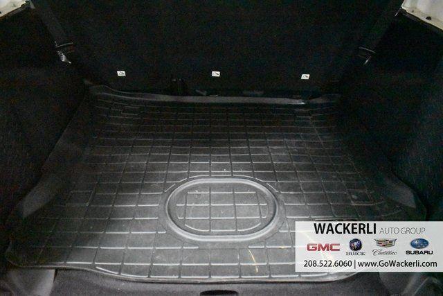 vehicle-photos-published_vauto_com-3d-cd-00-b9-1514-458f-9f87-cb98892892ed-image-9_jpg