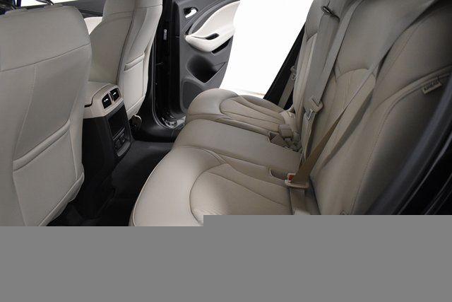vehicle-photos-published_vauto_com-48-0b-8c-a8-b611-49c2-821a-5c7648cb7f4a-image-9_jpg
