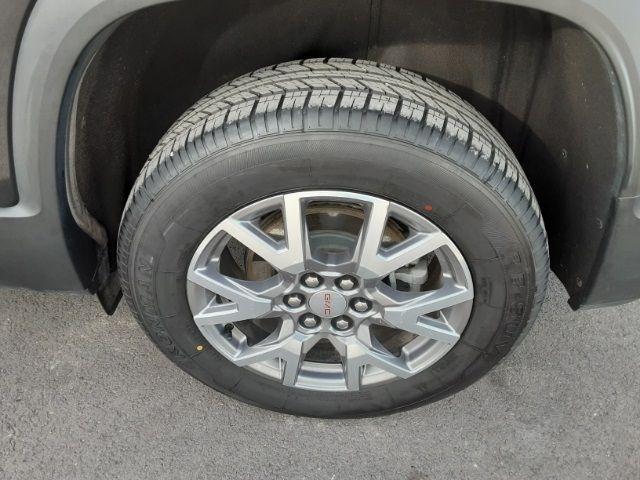 vehicle-photos-published_vauto_com-56-28-0c-bc-0168-4b80-ae4d-442dc734fbfa-image-10_jpg