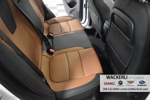 vehicle-photos-published_vauto_com-b9-26-9e-c2-0de8-47c6-8b7a-bf3dbe59346c-image-10_jpg