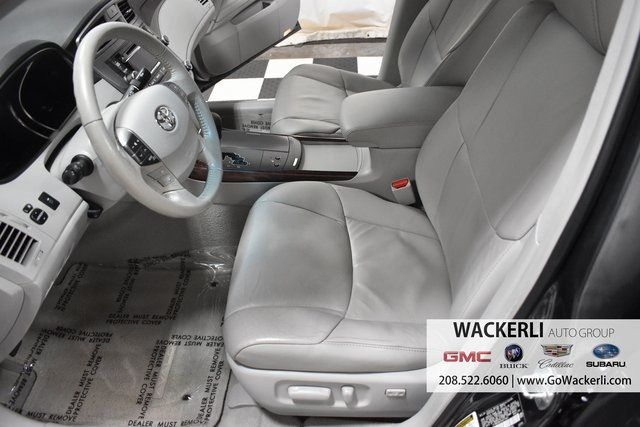 vehicle-photos-published_vauto_com-bd-70-d6-3d-d2d4-44ee-a9dd-f3fd4c391ac6-image-7_jpg