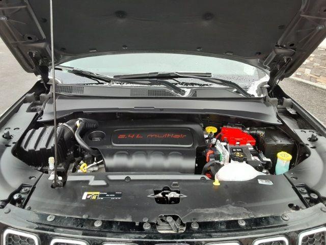 vehicle-photos-published_vauto_com-d0-3b-b9-f8-aa6a-4fa0-a027-a43a259d6b0f-image-6_jpg