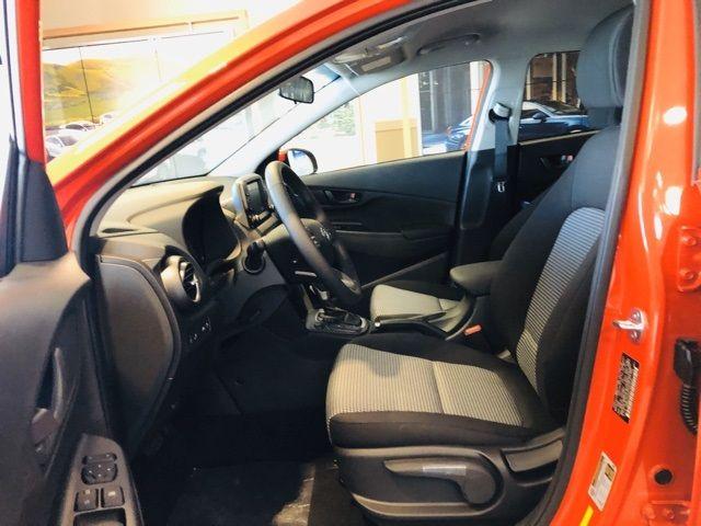 vehicle-photos-published_vauto_com-dc-c6-51-3f-a62a-44b7-b6ce-4347bed2f143-image-9_jpg