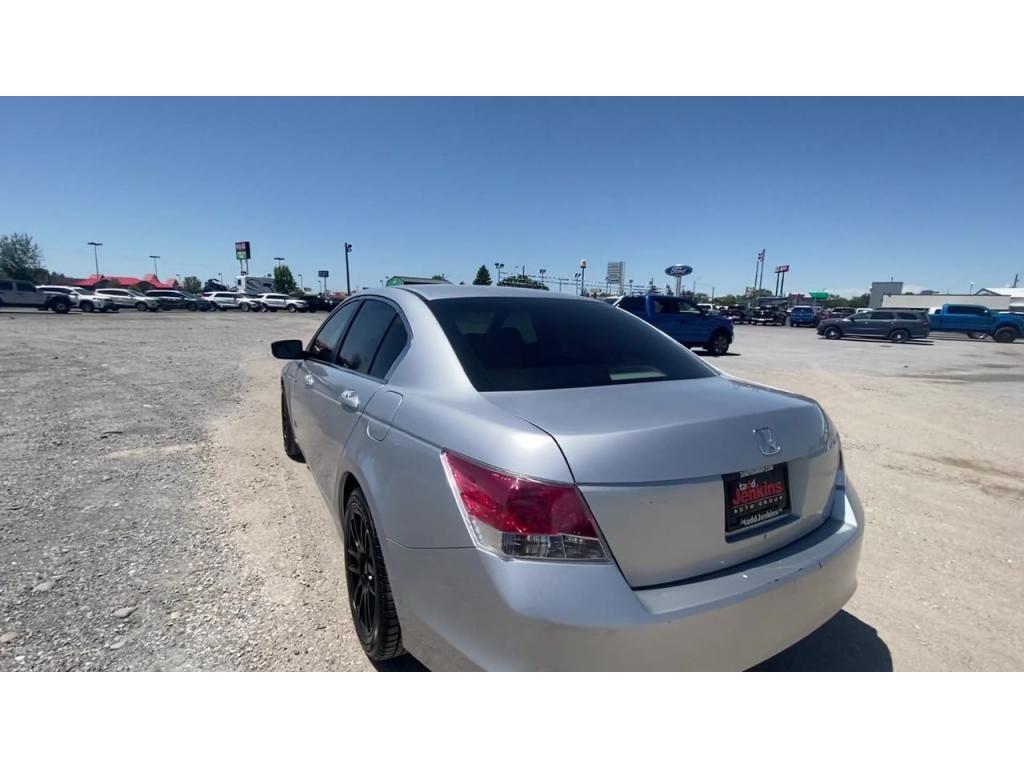 dealerslink_s3_amazonaws_com-vehicles-1206-084139T-60c00455e837f_jpg