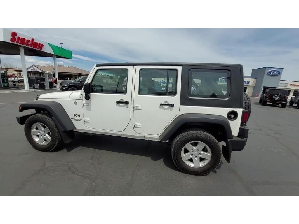dealerslink_s3_amazonaws_com-vehicles-1206-091776T-60abfad38a239_jpg