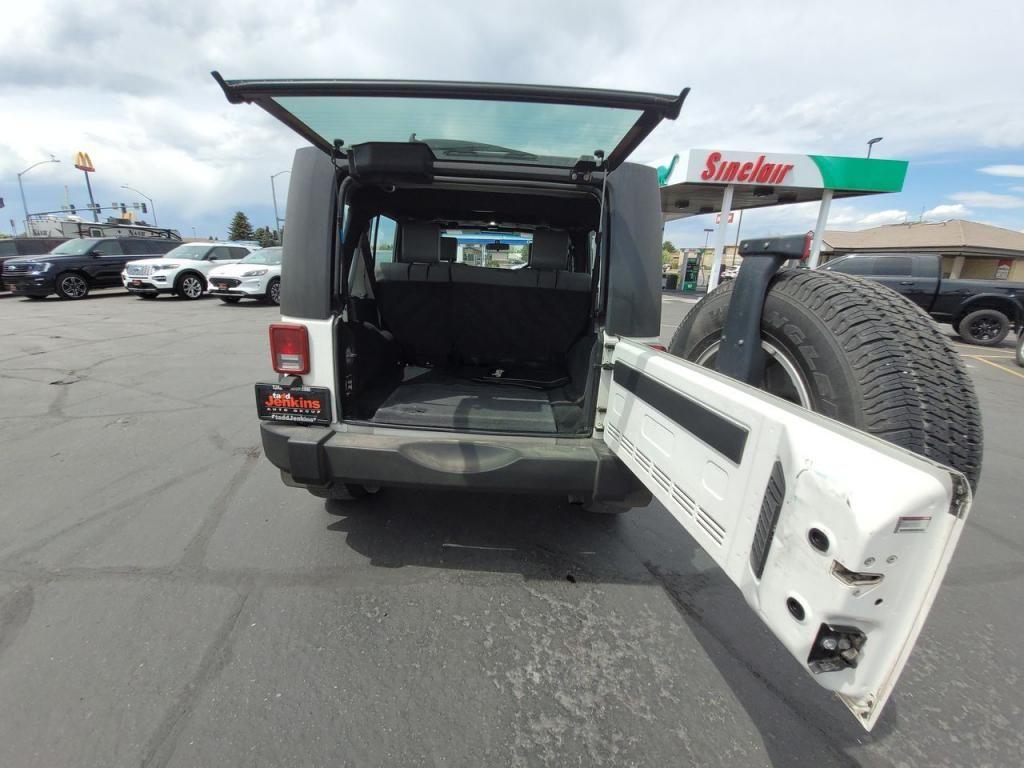 dealerslink_s3_amazonaws_com-vehicles-1206-091776T-60abfad442be4_jpg