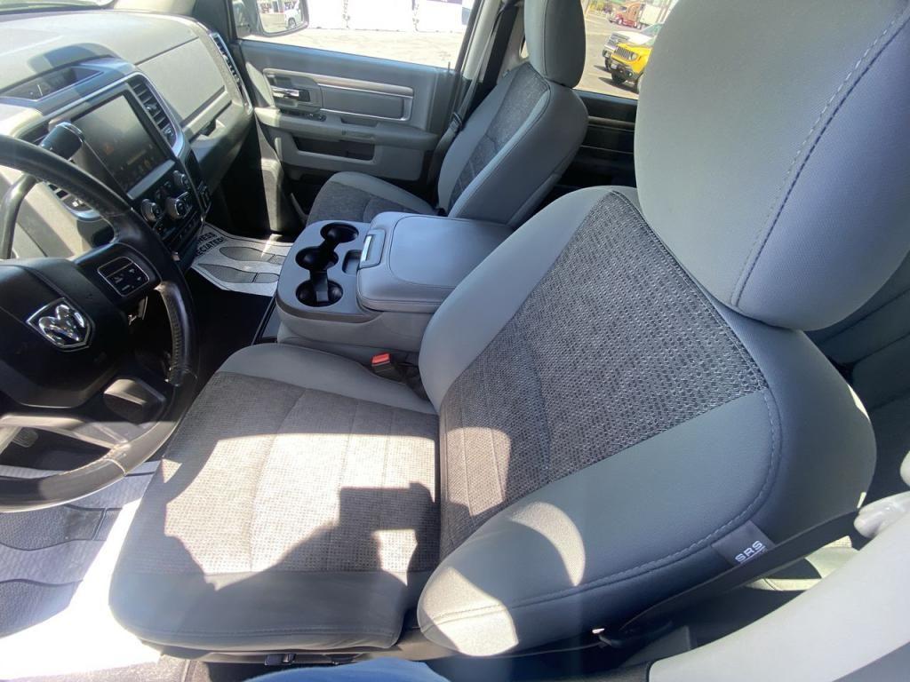 dealerslink_s3_amazonaws_com-vehicles-1206-160451T-60c3eb7aefc33_jpg