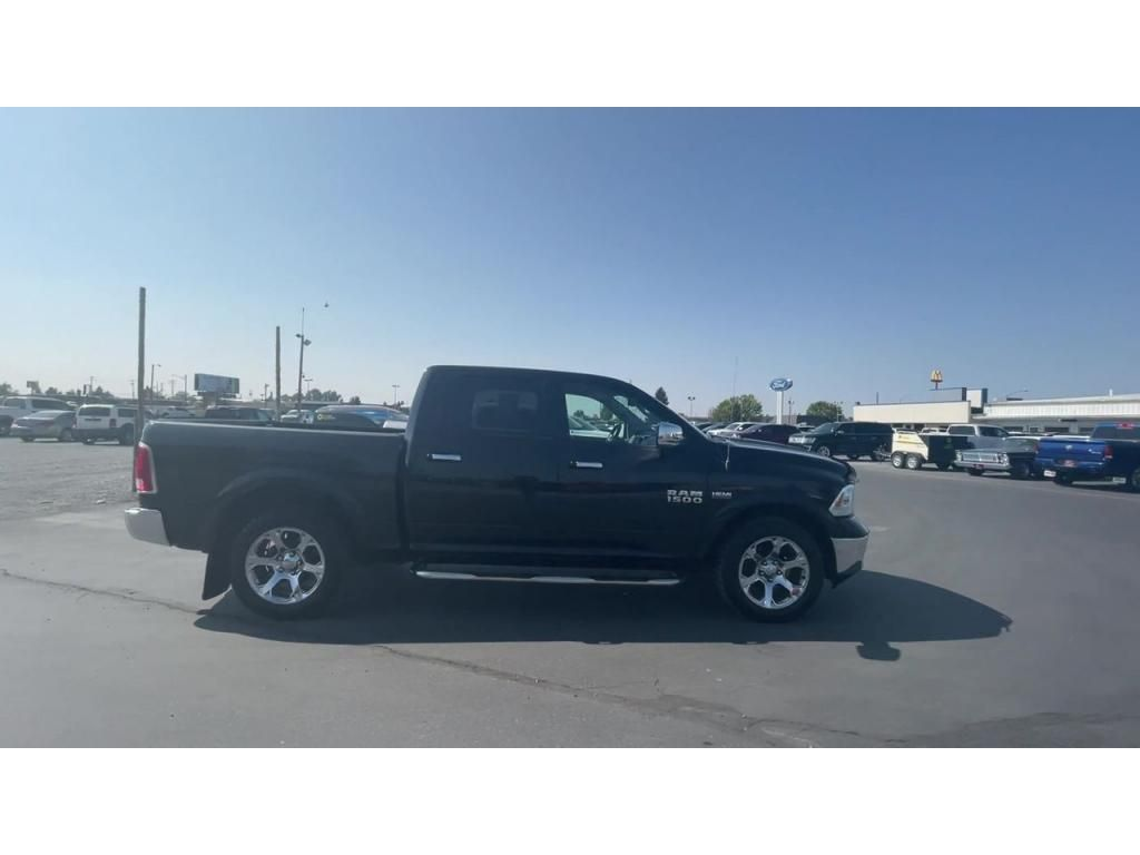 dealerslink_s3_amazonaws_com-vehicles-1206-162257T-6164d8b3188c5_jpg