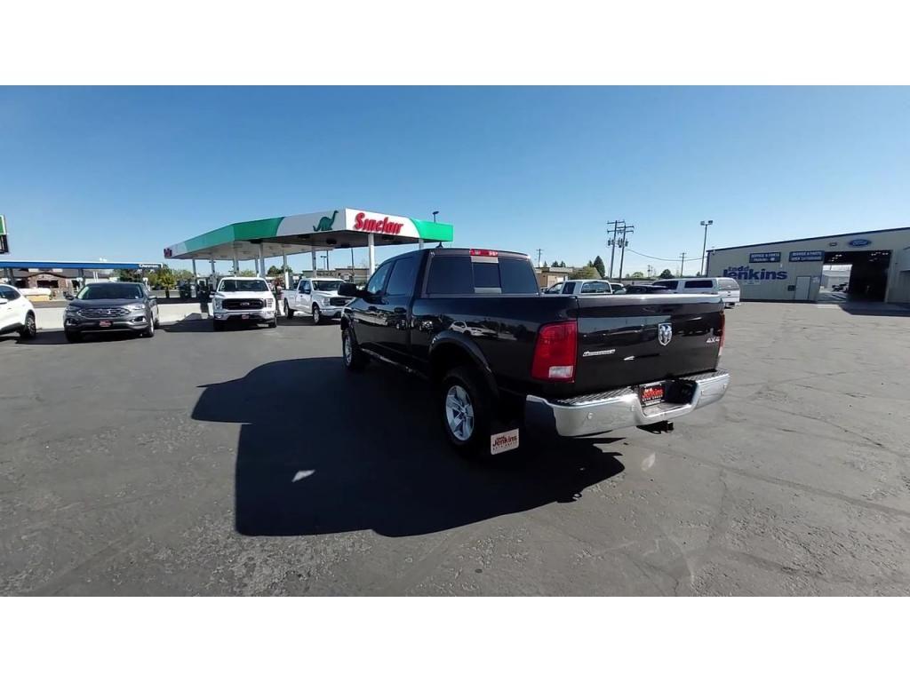 dealerslink_s3_amazonaws_com-vehicles-1206-163757T-60abfb15ef4ae_jpg