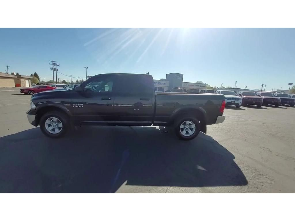 dealerslink_s3_amazonaws_com-vehicles-1206-163757T-60abfb16385e7_jpg