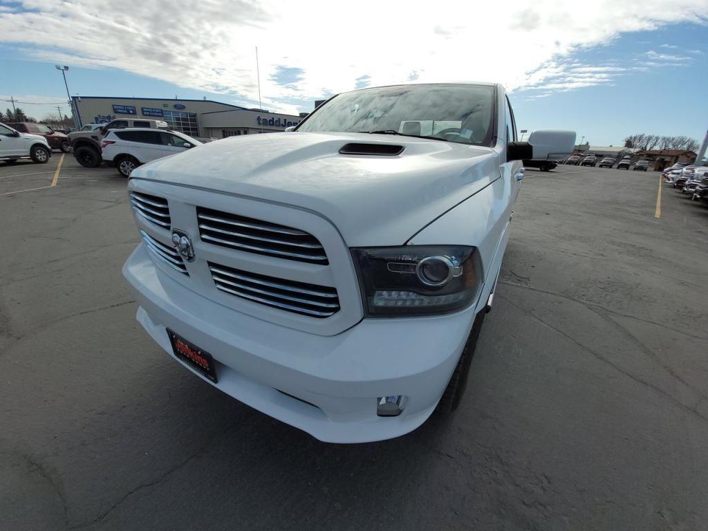 dealerslink_s3_amazonaws_com-vehicles-1206-166197T-607497c13e5dd_jpg
