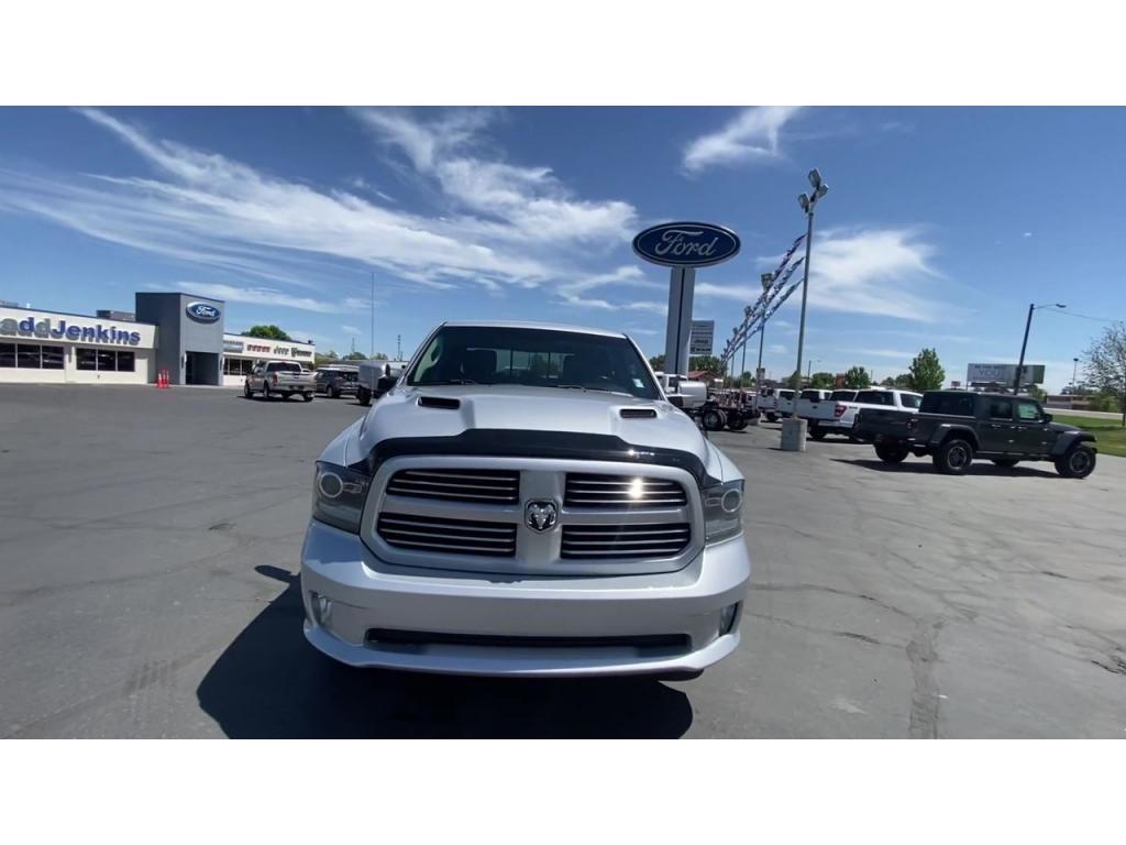 dealerslink_s3_amazonaws_com-vehicles-1206-168374T-60c1430e93bcf_jpg