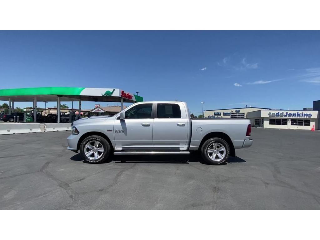 dealerslink_s3_amazonaws_com-vehicles-1206-168374T-60c1430f3198f_jpg