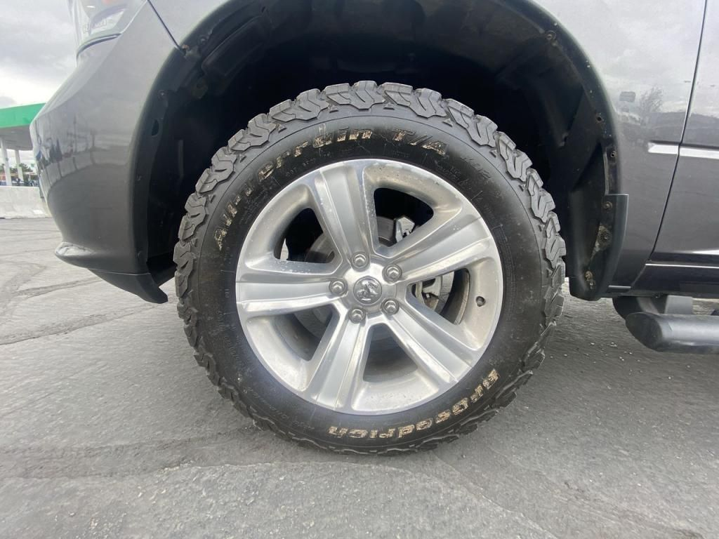 dealerslink_s3_amazonaws_com-vehicles-1206-169077T-60c2ad192a646_jpg