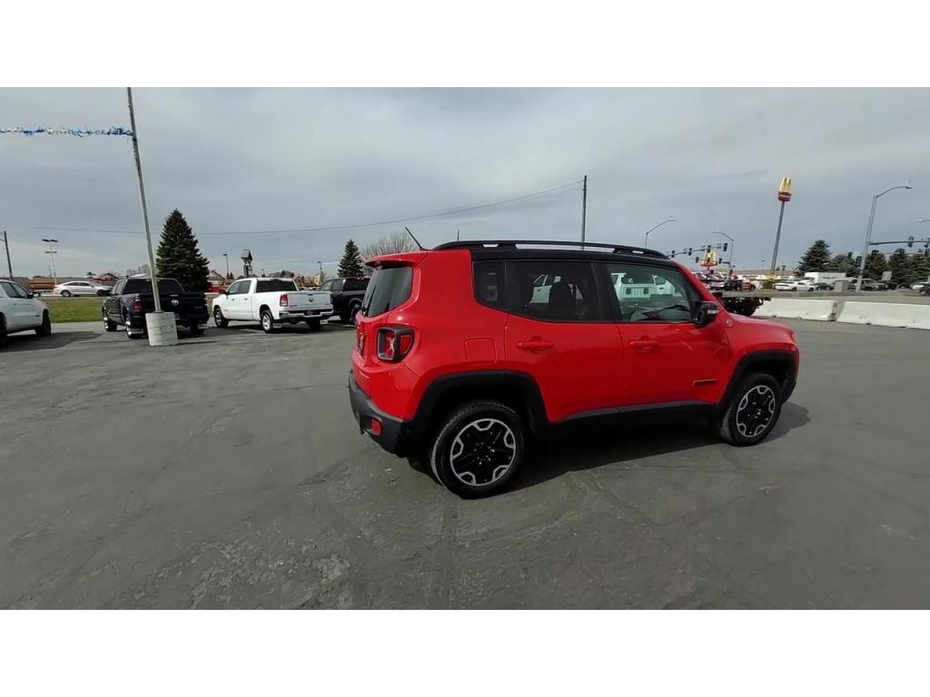 dealerslink_s3_amazonaws_com-vehicles-1206-171730T-606b57b5ad7a6_jpg