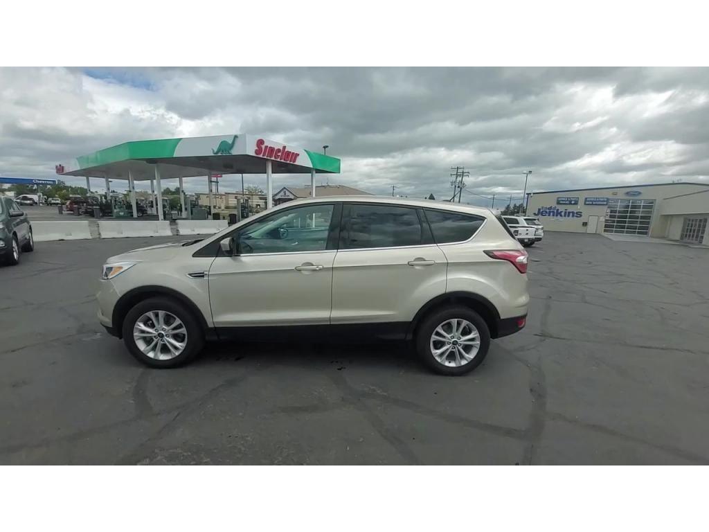 dealerslink_s3_amazonaws_com-vehicles-1206-175660T-60abfaa483252_jpg