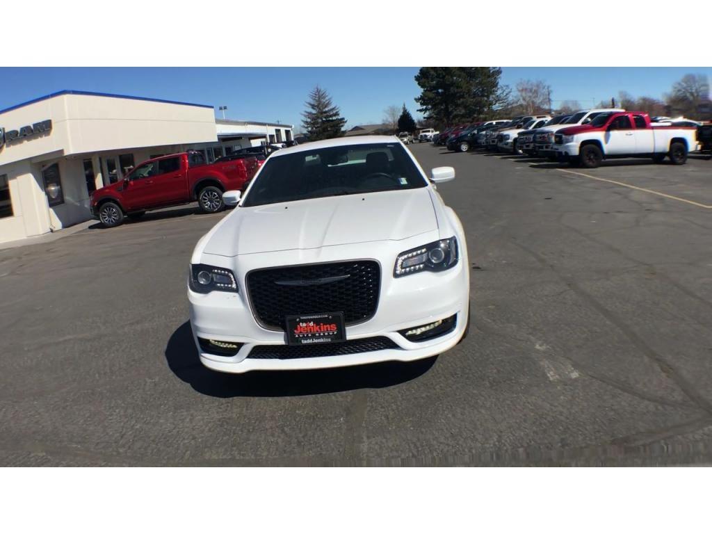 dealerslink_s3_amazonaws_com-vehicles-1206-175689TT-608288d21d06a_jpg