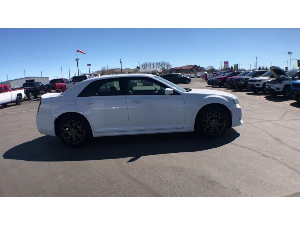 dealerslink_s3_amazonaws_com-vehicles-1206-175689TT-608288d3f409a_jpg