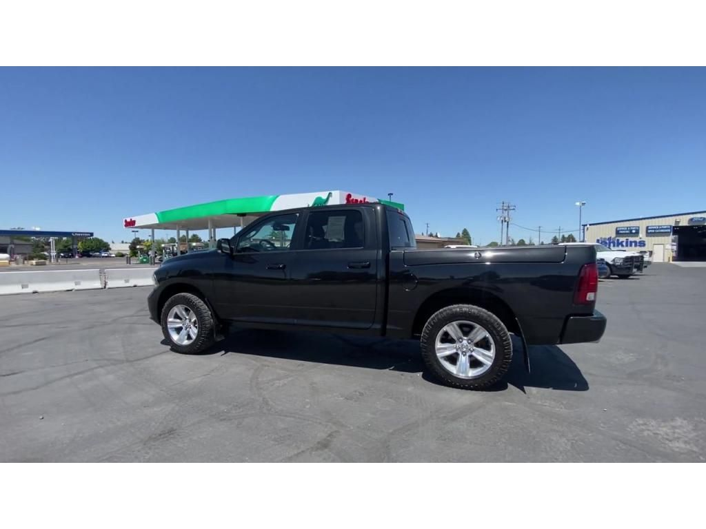 dealerslink_s3_amazonaws_com-vehicles-1206-175980T-60c142cb39a2a_jpg