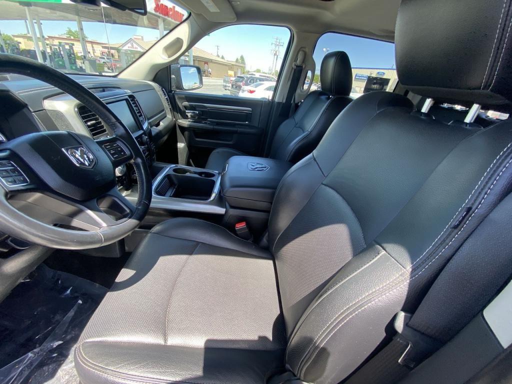 dealerslink_s3_amazonaws_com-vehicles-1206-175980T-60c142cce6b5a_jpg