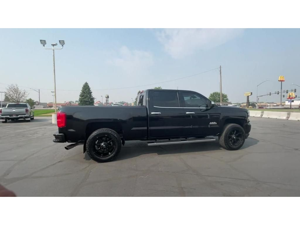 dealerslink_s3_amazonaws_com-vehicles-1206-177083T-611ab73a87049_jpg