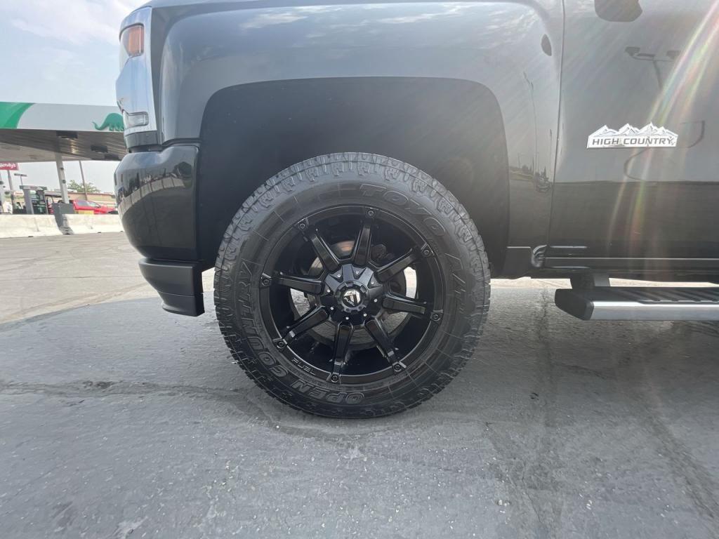 dealerslink_s3_amazonaws_com-vehicles-1206-177083T-611ab73accfe6_jpg