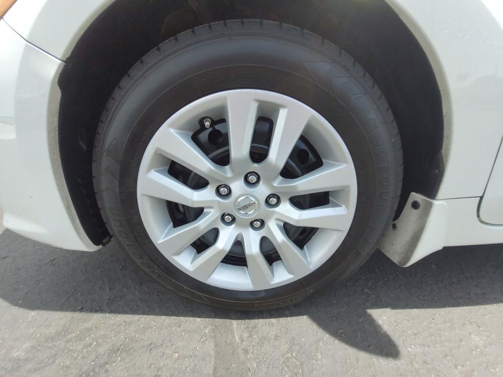 dealerslink_s3_amazonaws_com-vehicles-1206-179598T-60abfaf5d0e07_jpg