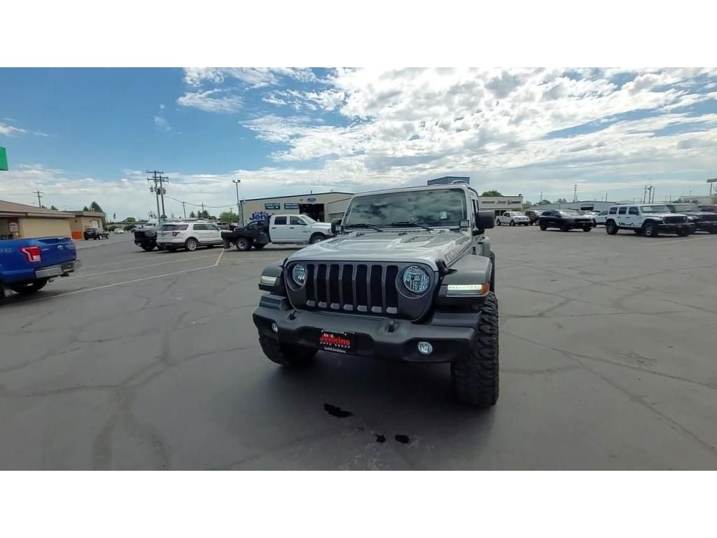 dealerslink_s3_amazonaws_com-vehicles-1206-181434T-60ba74ff5b0d9_jpg